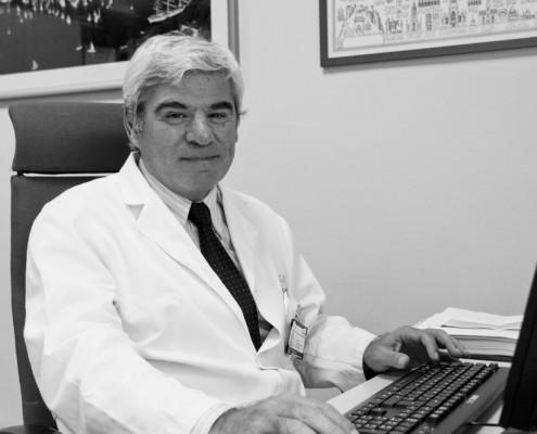 Dr. Alfredo Adán
